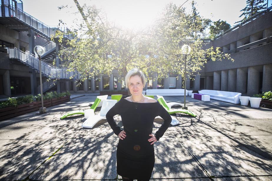 Pour souligner le 50eanniversaire de la fondation du Trident, en 2021, la directrice artistique, Anne-MarieOlivier, a repensé sa programmation avec des spectacles solos présentés dans quatre lieux.