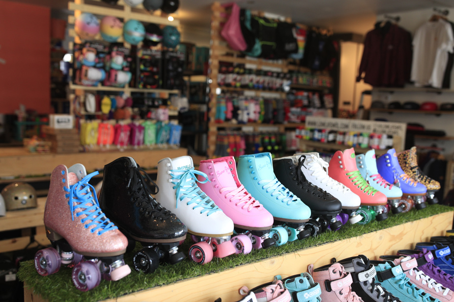 Lowlife store has significantly increased its offer of skateboarding shoes for dancing since the start of the pandemic.  It also holds all kinds of protections, replacement wheels, etc.