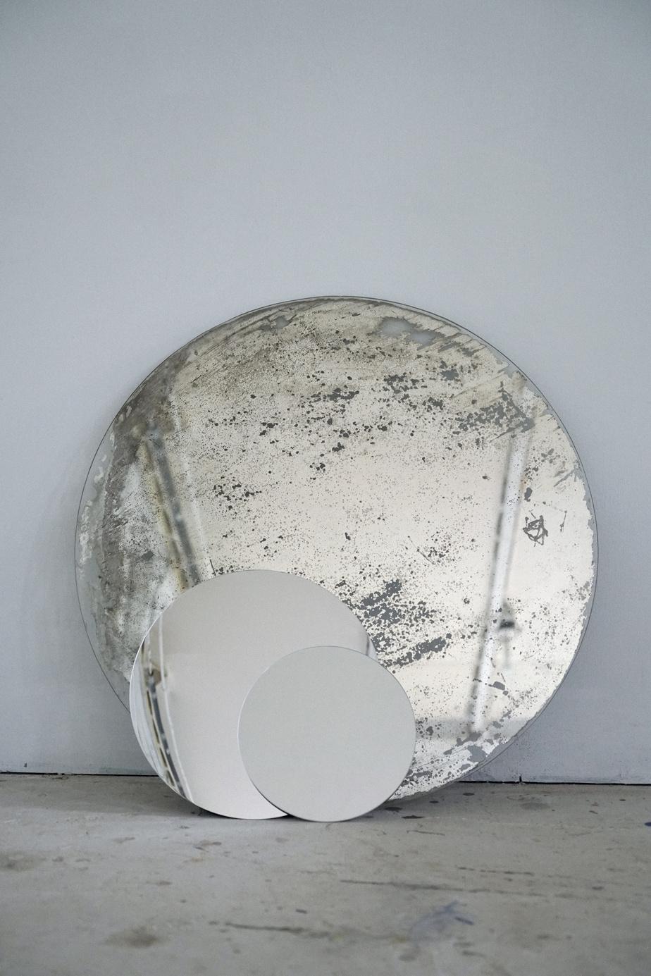 Les astres, 2018-2020, Yann Pocreau, impression numérique, 211cm sur 140cm
