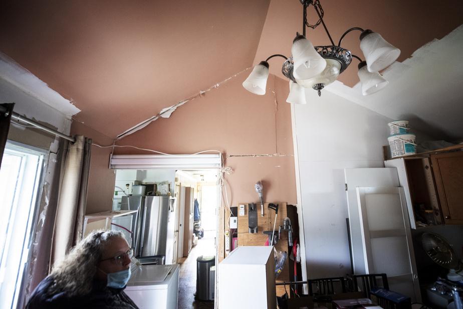 Les travaux de levage ayant entraîné l'effondrement de la maison de Nathalie Quézel avaient pour objectif d'installer une dalle de béton armé.