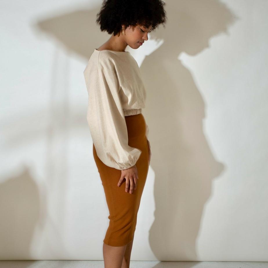 Faures propose des vêtements évolutifs pour femmes qui s'adaptent au corps pendant la grossesse. Les fondatrices de Faures ont annoncé récemment la disparition de la marque. Dernière chance donc de se procurer leurs créations.