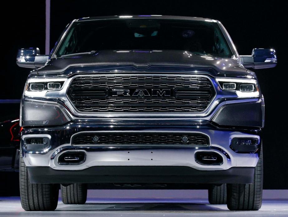 Voitures électriques : Fiat Chrysler et Foxconn projettent une coentreprise