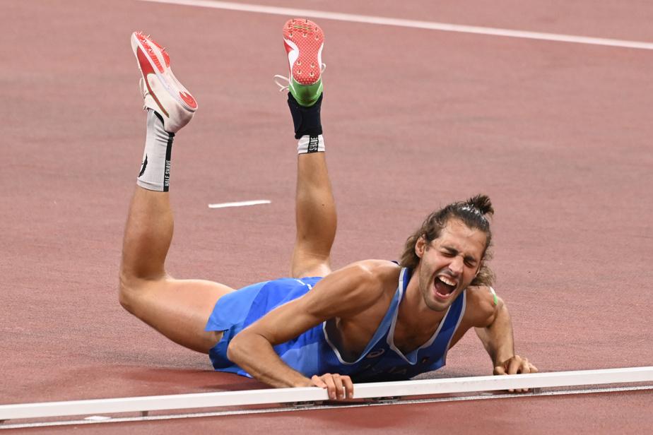 L'euphorie de l'Italien Gianmarco Tamberi, co-champion du saut en hauteur, vue d'un autre angle.