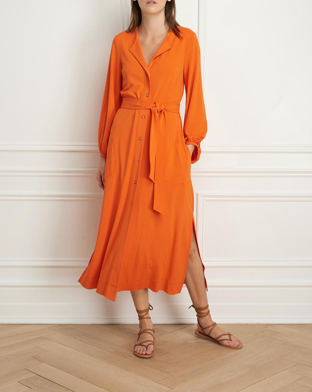 Robe longue avec manches bouffantes (425$)