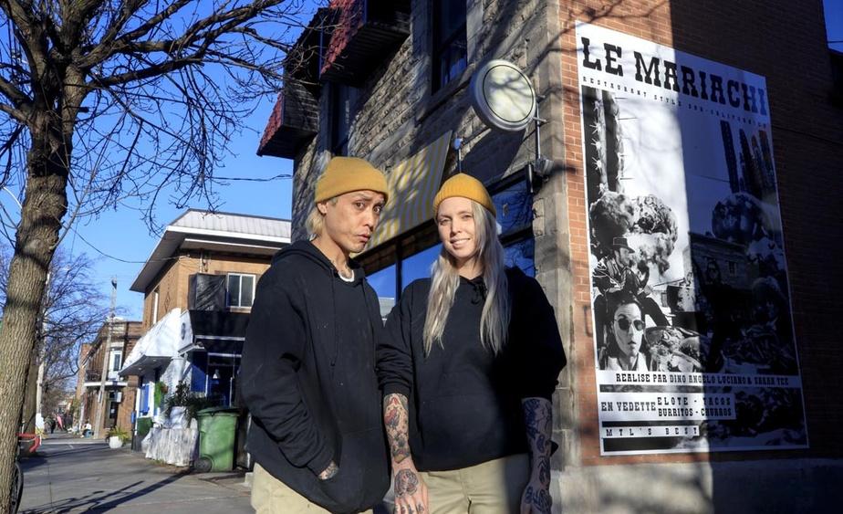 Le chef Dino Luciano, connu pour avoir remporté MasterChef en 2018, et Sarah Tee, sa partenaire, posent devant LeMariachi, leur nouveau projet dans la PetiteItalie.