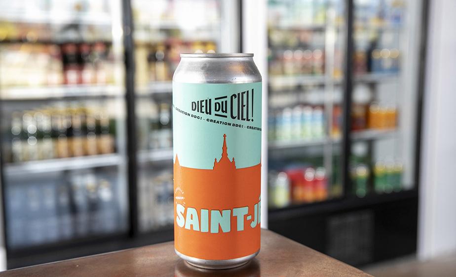 Quelques bières seront en vente exclusivement à la boutique de Saint-Jérôme, comme la Saint-Jé, excellente IPA de type Nouvelle-Angleterre brassée pour souligner les 50 ans du cégep de Saint-Jérôme.