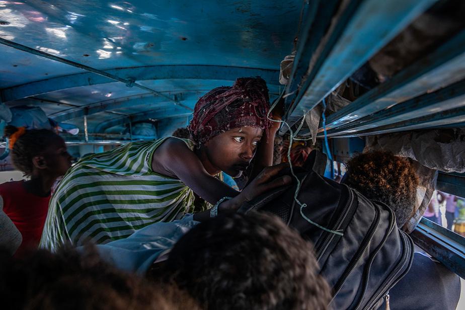 EIls sont ensuite transportés vers des camps, dans ce cas-ci le «Village huit», dans l'est du Soudan.