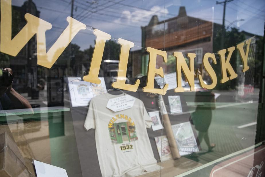 Mythique restaurant familial juif inauguré en 1932, Wilensky témoigne d'un passé qui n'existe plus.