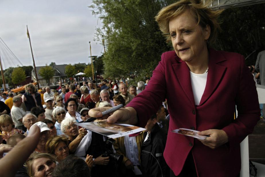 En campagne pour la chancellerie dans le nord de l'Allemagne, en septembre 2005