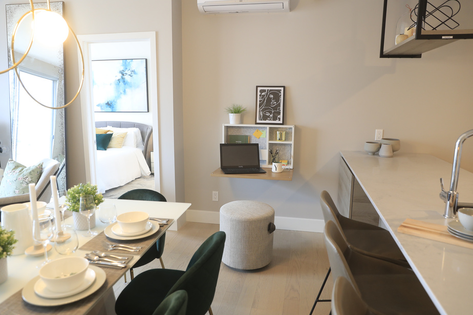 Artopex et Devimco Immobilier ont conçu différents produits adaptés au télétravail pouvant s'intégrer dans différents espaces. Le plus compact, intitulé Nook, est une unité murale qui s'ouvre pour offrir une surface de travail confortable.