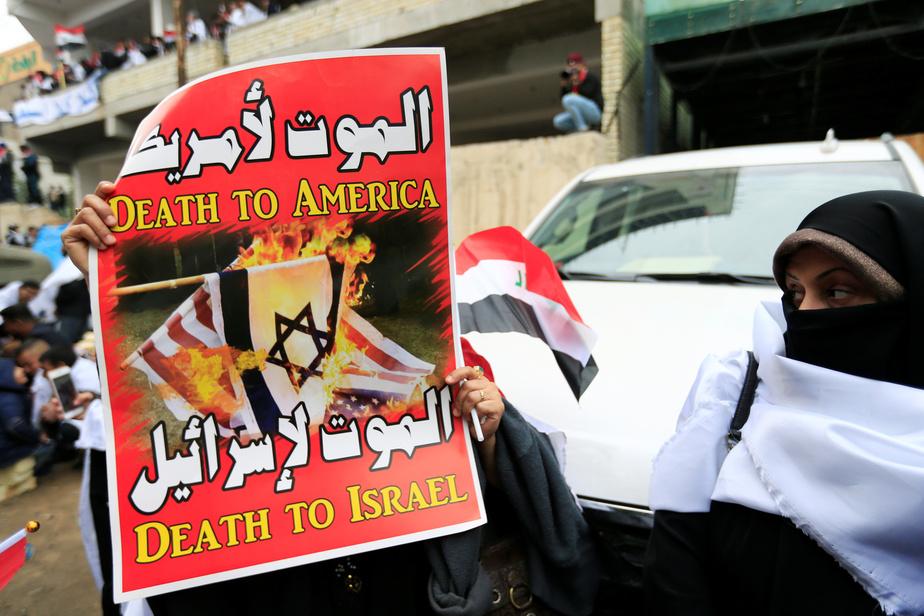 Trois roquettes s'abattent sur l'ambassade américaine et font un blessé — Bagdad