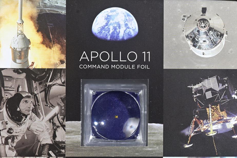 Un morceau de la couverture de survie de Buzz Aldrin lors de sa mission sur Apollo11. Pour s'assurer de son authenticité, le collectionneur a vérifié que le vendeur était bien celui qui avait acheté aux enchères la couverture entière. Après s'être assuré que celui-ci était fiable et reconnu dans le milieu, il a procédé à l'acquisition.