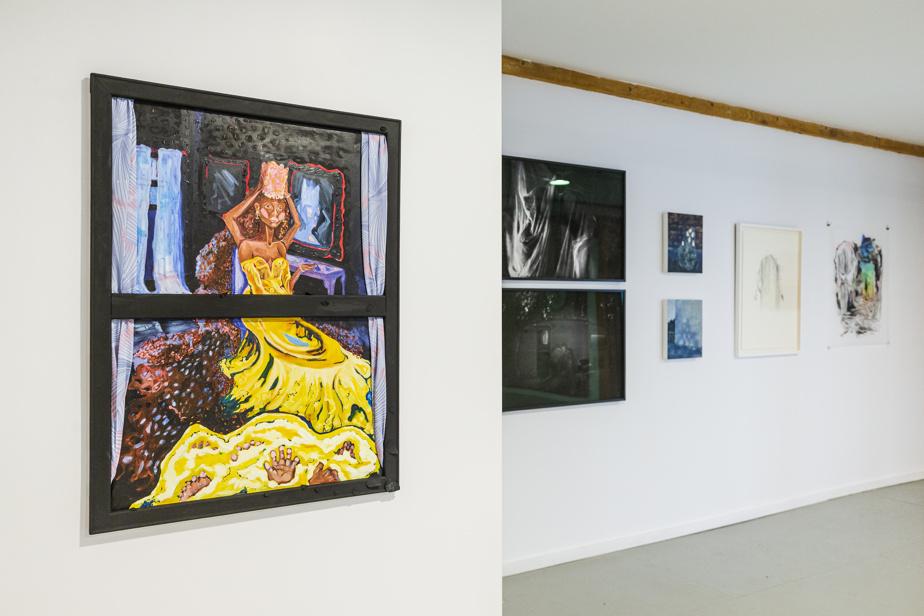 Vue de l'exposition Sentiers sauvages, avec des œuvres d'Esther Calixte-Béa, Simon Émond, Eva Morrison, Véronique La Perrière M. et Alisha Piercy