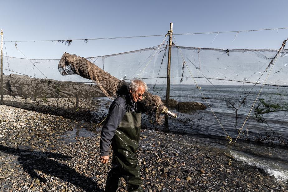 Il y a deux ans, Julie a demandé à son oncle, Noël Gauthier, de l'aider à prendre la relève. Ne voulant pas lui imposer quelques années de pêche supplémentaire, elle a hésité. Elle avait toutefois l'impression qu'il aurait continué quand même. «Ma famille ne pourrait pas arrêter la pêche, c'est leur mode de vie», explique JulieGauthier.