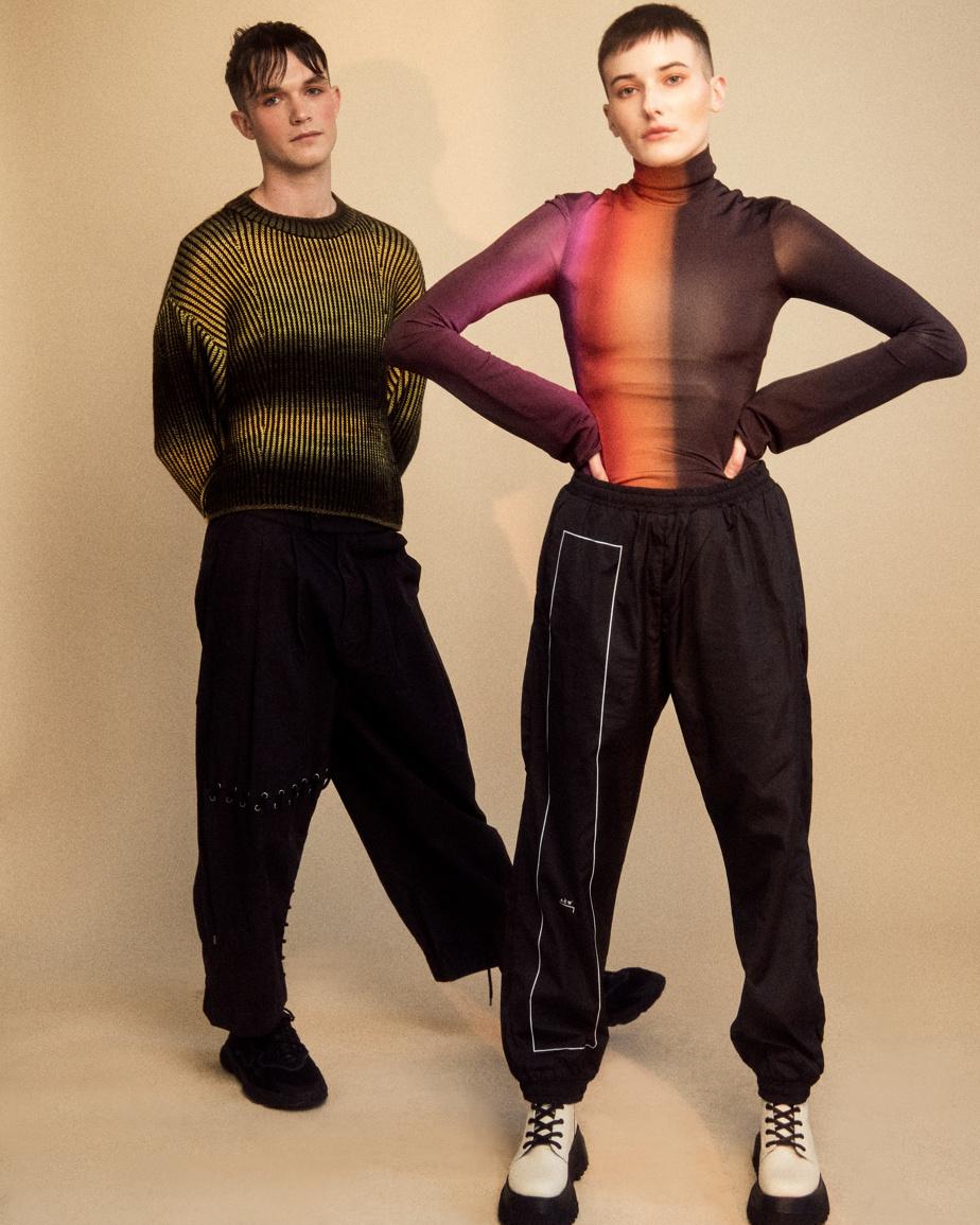 La campagne Ungendered présente deux mannequins de genre différent arborant la même coupe de cheveux.