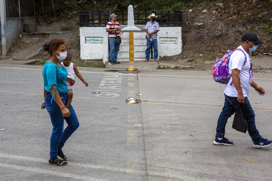 Ils ont donc été contraints de revenir à leur point de départ, retraversant ici la frontière entre les deux pays.