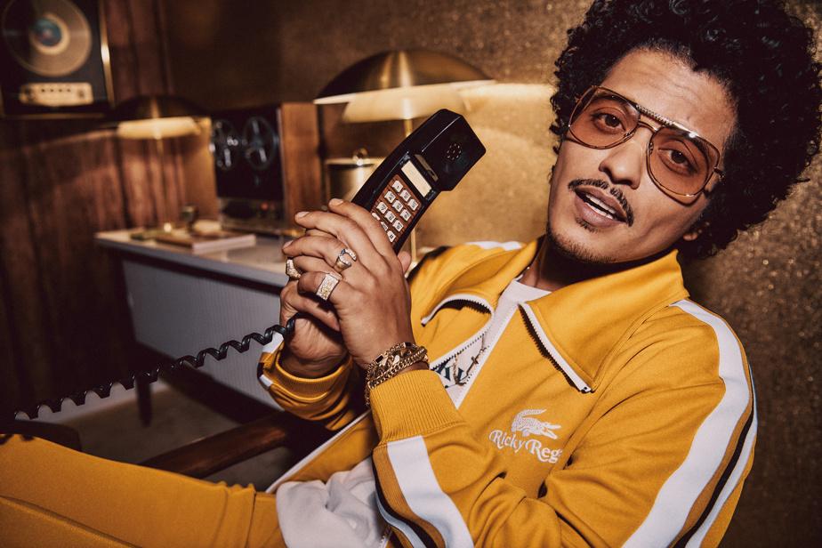 Ricky Regal est l'alter ego designer du chanteur Bruno Mars.