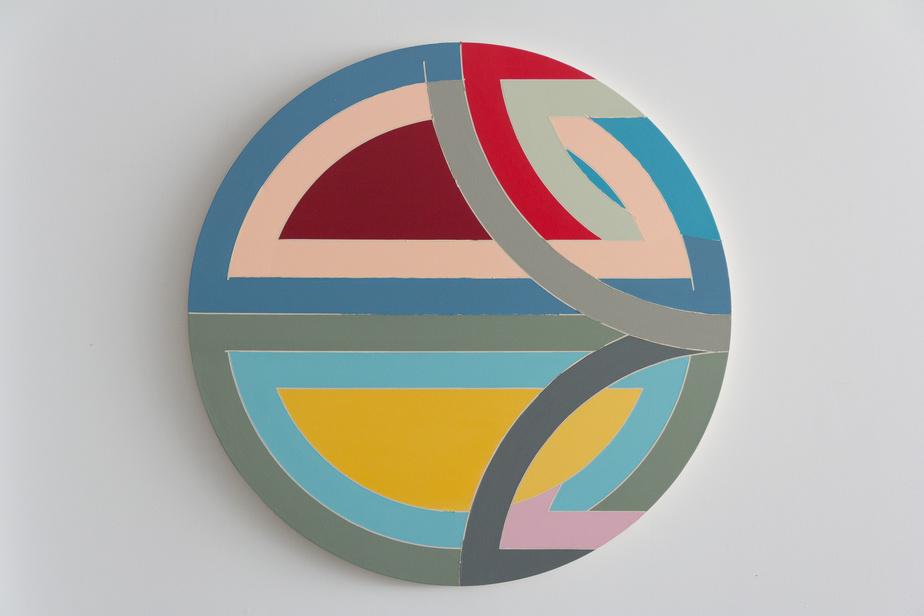 Imagined study # 1 for Frank Stella's Sinjerli Variations c. 1976, la dernière œuvre de Tammi Campbell en acrylique sur toile, de 44pouces de diamètre, présentée par la galerie Blouin Division
