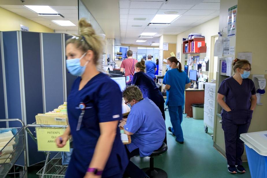 Médecins, infirmières et autres professionnels de la santé de l'établissement sont débordés.
