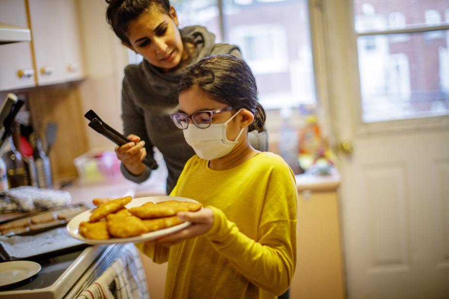 Parents de deux fillettes, Rachid et Dounia ont un budget «très serré».
