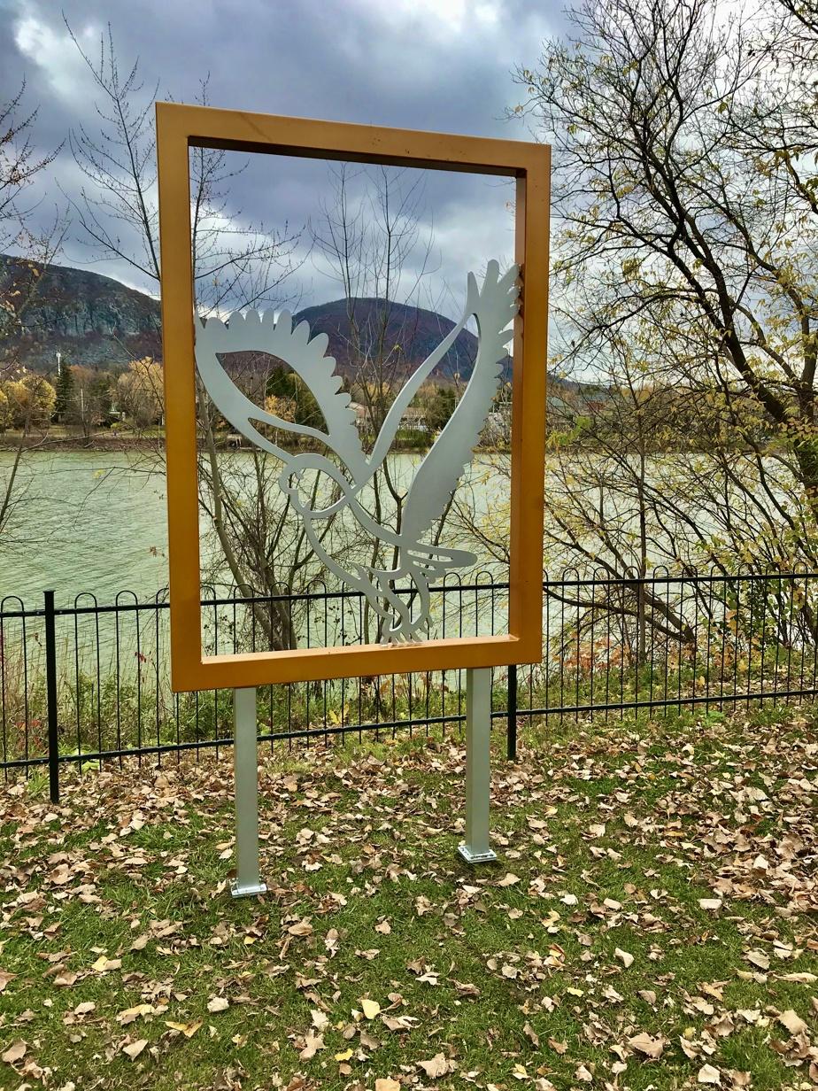 Une des œuvres du Bestiaire d'André Michel, placée près de la rivière Richelieu