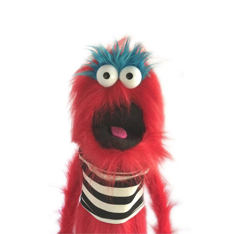 Les marionnettes créées par Steven Barkley rappellent celles de l'émission de télévision TheMuppet Show.