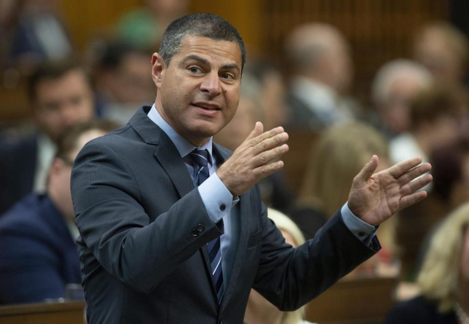 Les conservateurs et le NPD s'attaquent au Bloc québécois