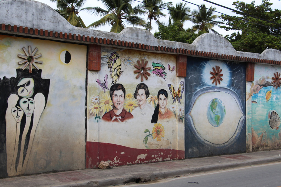 Une œuvre murale représentant les sœurs Mirabal, héroïnes et martyres de la lutte contre le dictateur Rafael Trujillo, à Las Terrenas
