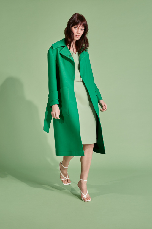 Le manteau Claude (268,50$) et la robe Nat (118,50$)