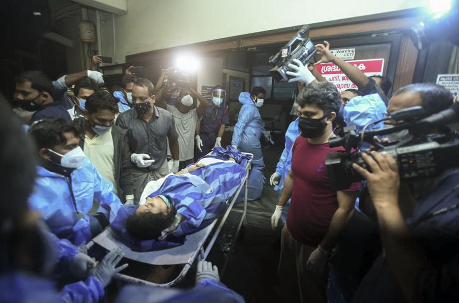 Inde : au moins 14 morts dans un accident à l'atterrissage d'un avion