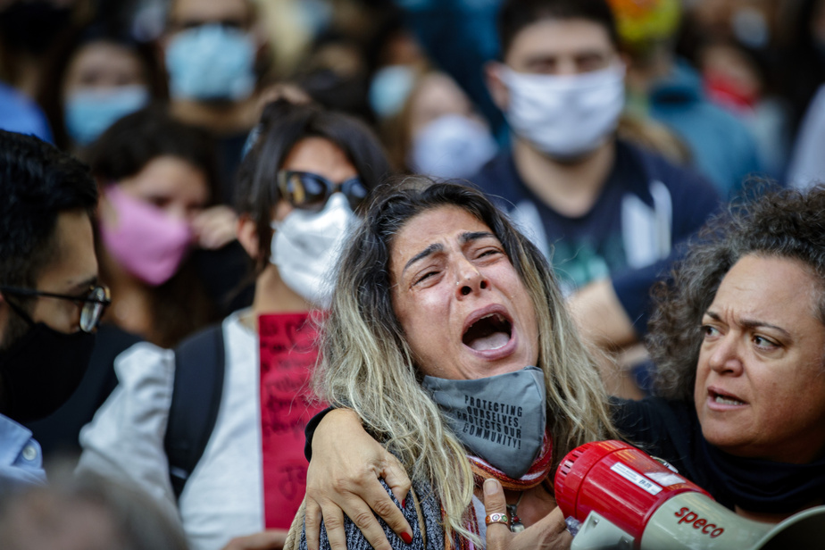 Huit mille kilomètres séparent peut-être Beyrouth de Montréal, mais l'émotion n'en était pas moins vive au square Dorchester, où bien des Libanais d'origine tentaient toujours, tant bien que mal, d'avoir des nouvelles de leurs proches.
