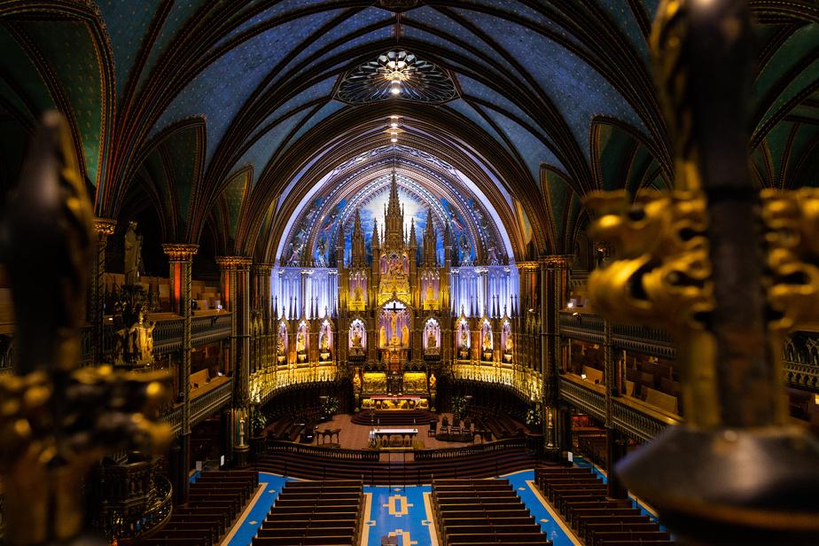 En temps normal, la basilique Notre-Dame accueille plus d'un million de visiteurs chaque année.