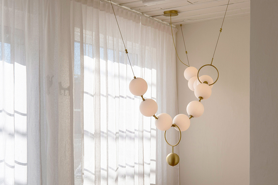 Le luminaireCoco, une pièce hommage à la célèbre Gabrielle Chanel