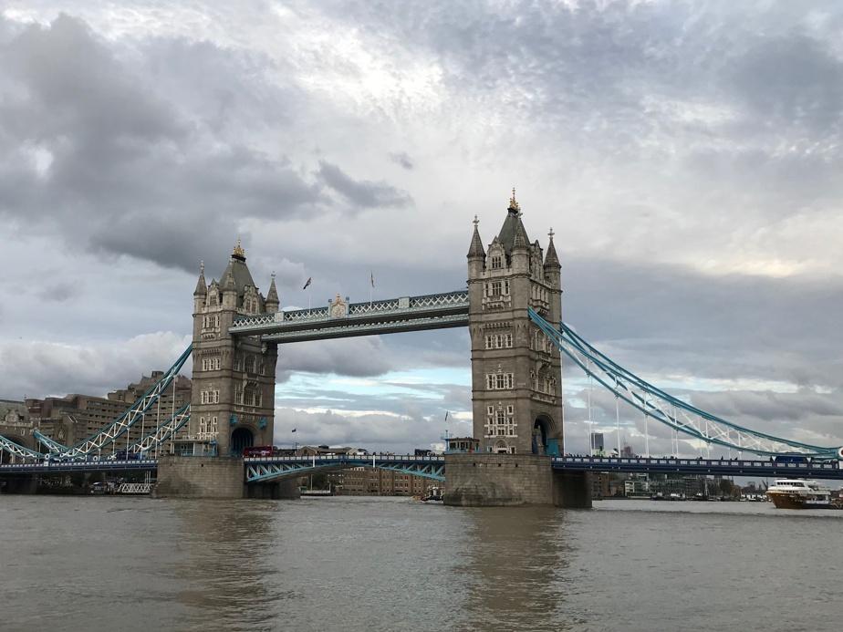 Le Tower Bridge, aux abords de la Tower of London