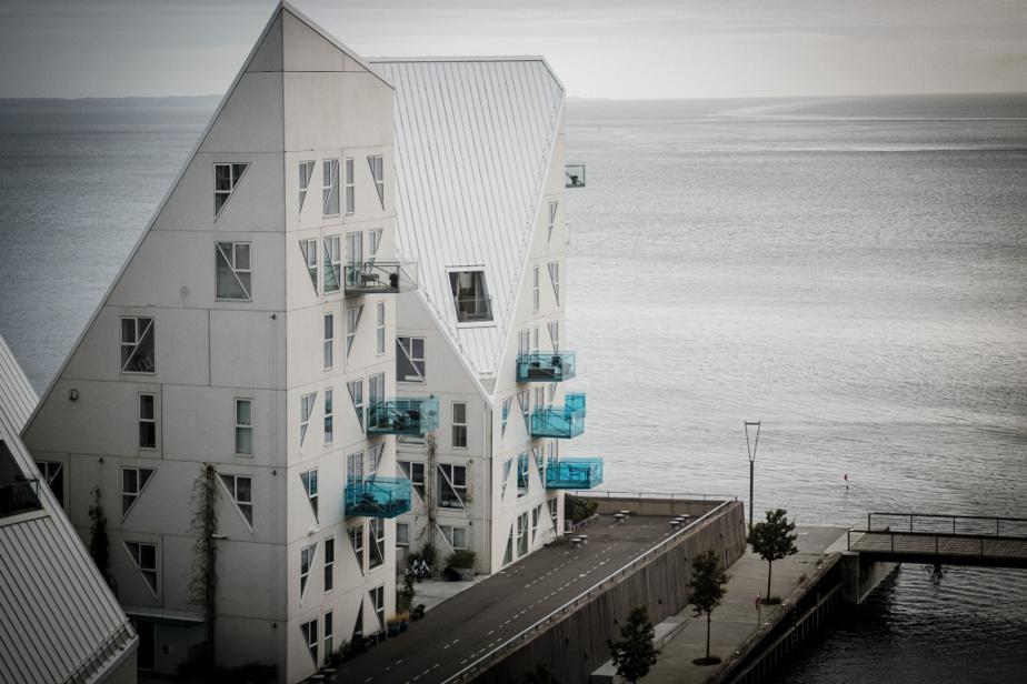Vue sur la mer du Nord, de l'intérieur de la Maison des générations