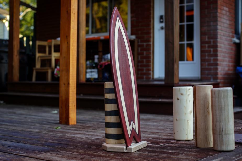 Une planche d'équilibre fabriquée par Junior Dubois