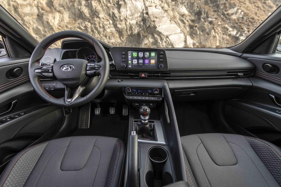 La présentation intérieure impressionne peu le conducteur.