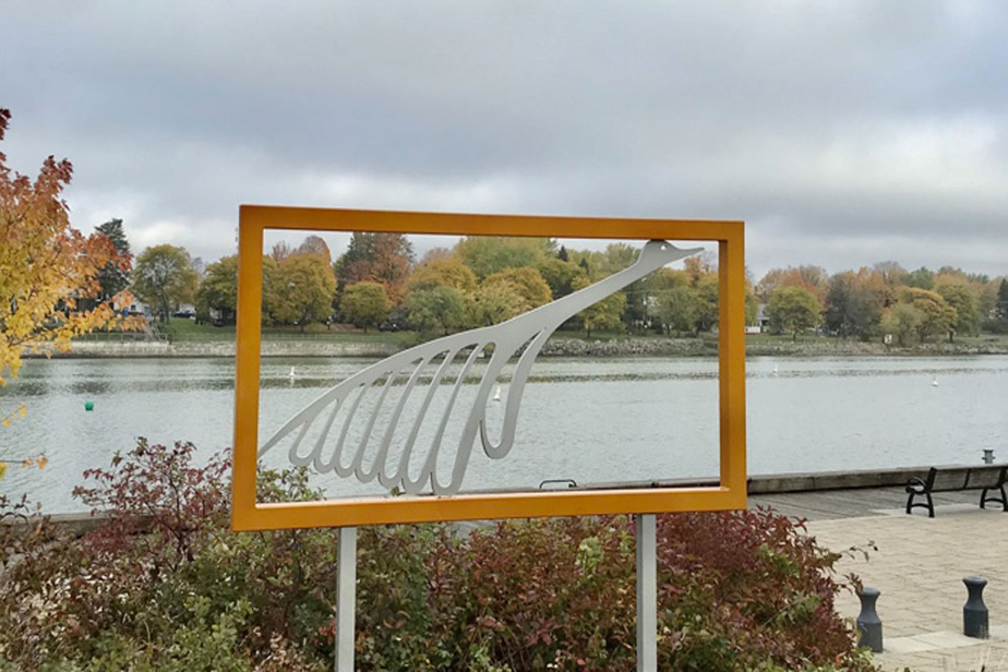 Au total, André Michel aura réalisé 15fenêtres-sculptures qui se retrouvent au bord du Richelieu.