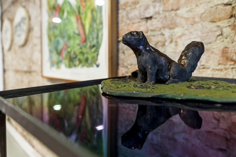Écureuil, céramique d'Isabelle Demers