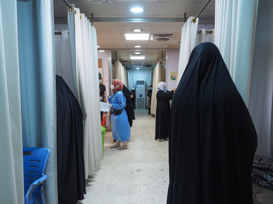 Al-Kindi Hospital emergency room corridor, which houses about fifteen patients infected with COVID-19