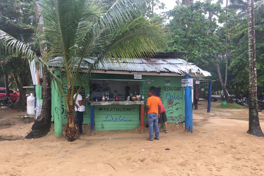 Au restaurant Chez Luis, à Playa Cosón