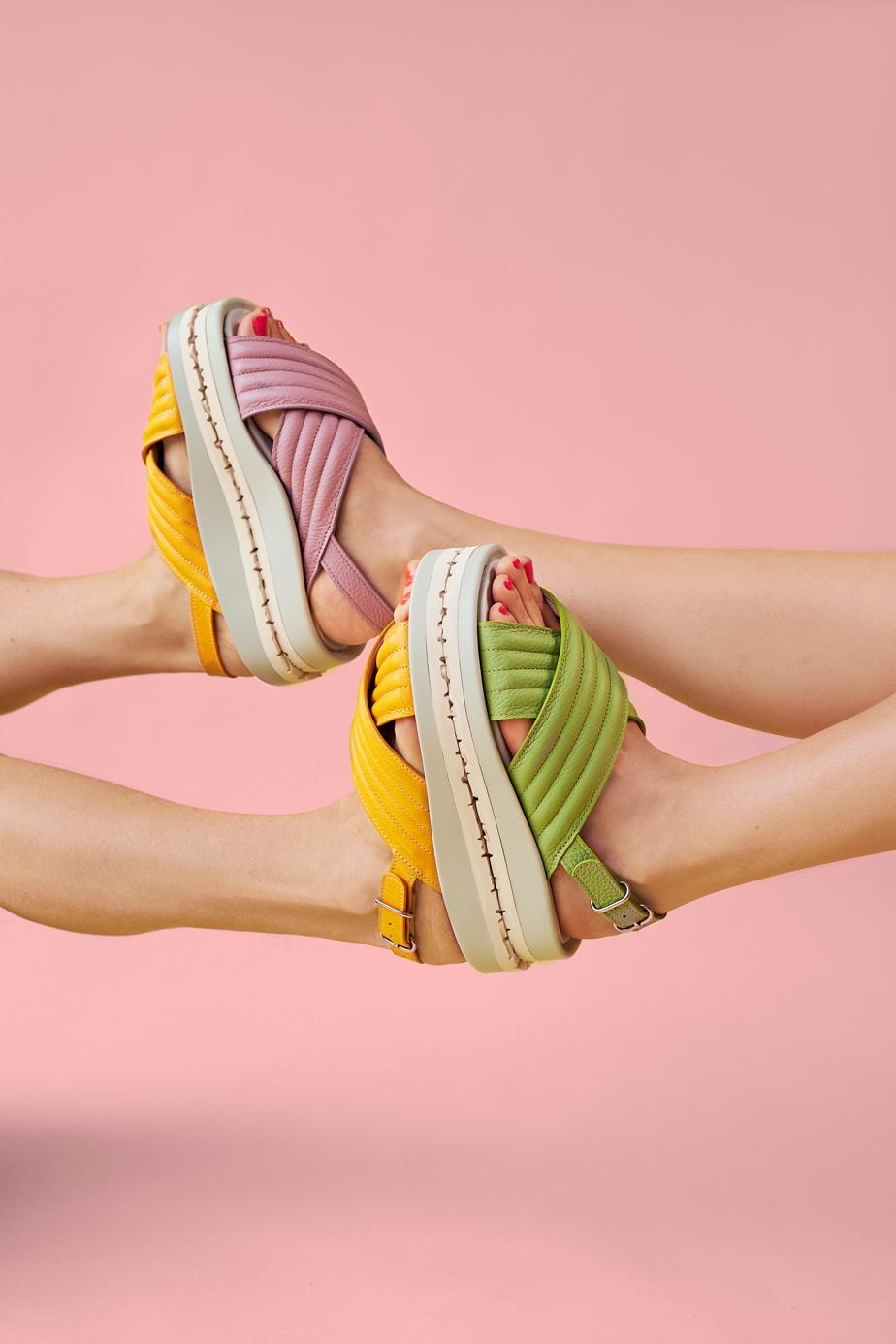 Les sandales Shangri-La, offertes en prévente à 290$