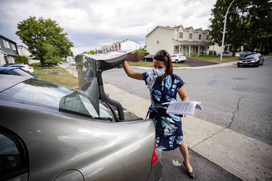 Au bout d'une vingtaine de minutes, Julie De Matos remonte à bord de sa voiture et se dirige vers son prochain patient. «Le plus beau de mon travail, c'est accompagner les familles. On est là quand ça compte», dit-elle.