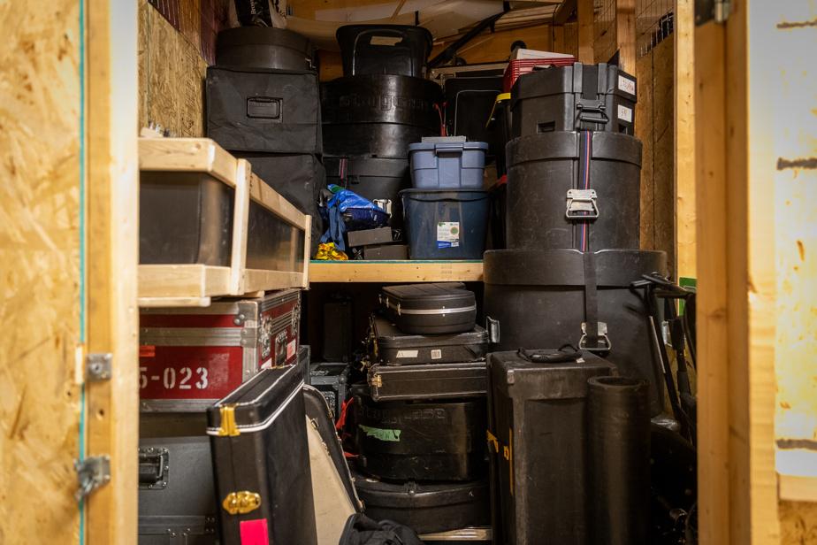 L'avantage de ces casiers scellés: les instruments sont à portée de main pour les monter en salle d'enregistrement.