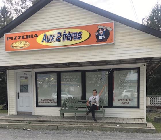 La Cantine était anciennement la pizzéria Aux 2frères.