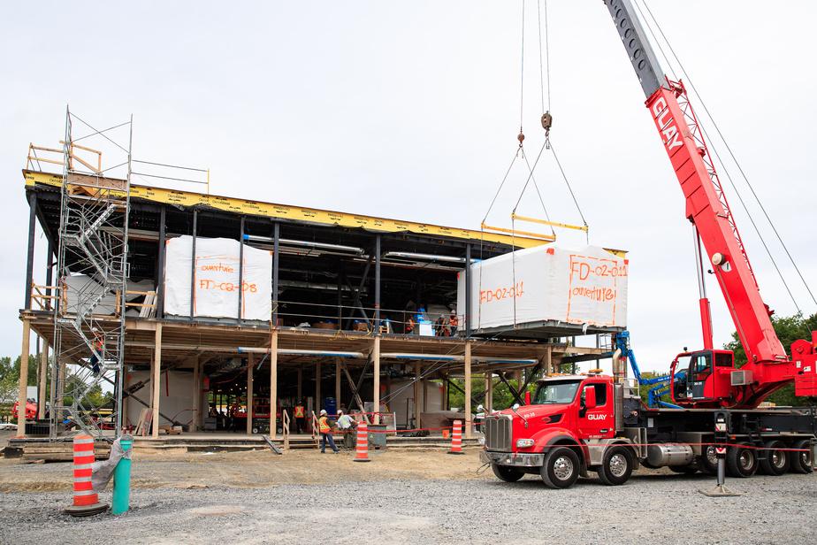 Au total, 36chambres modulaires seront ainsi glissées dans la structure de la nouvelle aile de l'hôpital Maisonneuve-Rosemont.