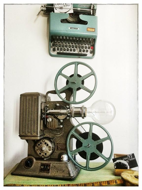 Les deux chercheurs avaient un faible pour le style industriel des objets qu'ils ont récupérés.