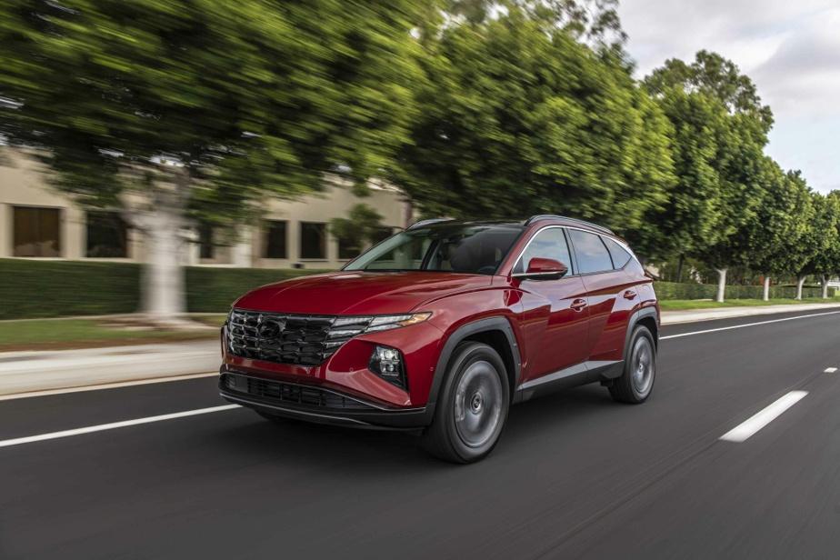 Le châssis du Hyundai Tucson se révèle plus rigide qu'autrefois et la révision de la géométrie des éléments suspenseurs a permis d'améliorer le toucher de route.