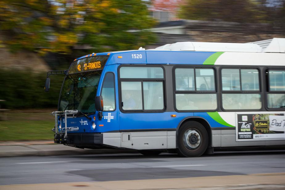 Un chauffeur d'autobus déclaré positif — STM