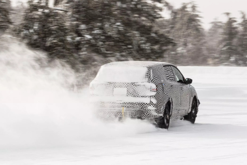 Un trailer pour le SUV 100% électrique à venir — Ford Mustang